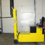yale-electric-stacker_360420