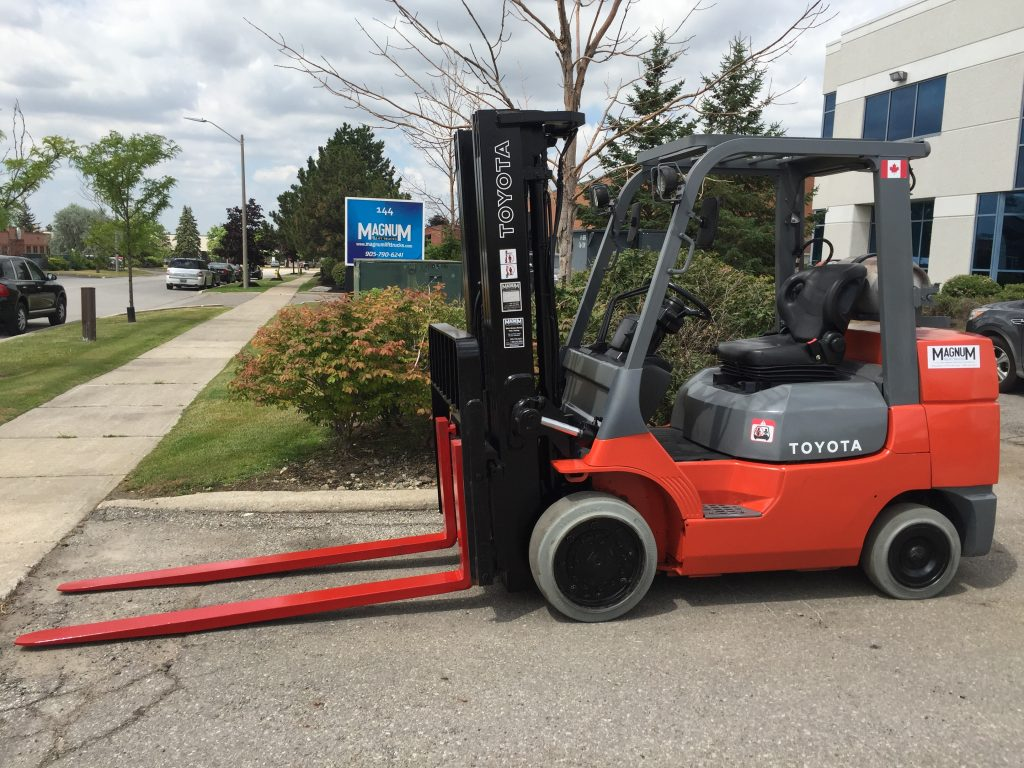 Toyota 7FGCU35 Cushion Tire Forklift - Magnum Lift Trucks