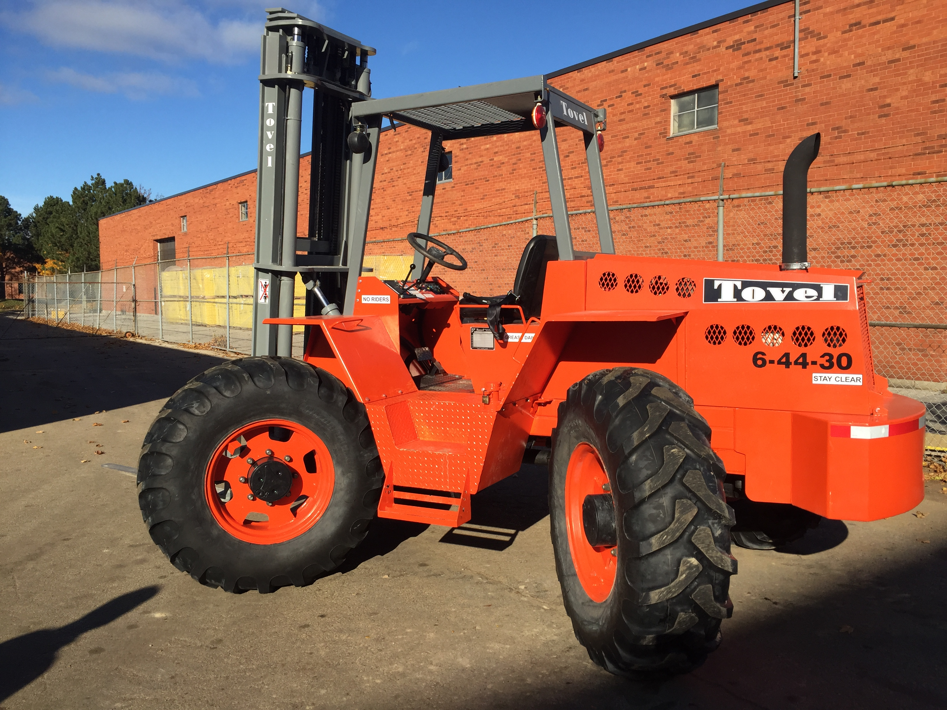 Oem refurbished tovel 4 wheel drive rough terrain forklift tovel 6 44 30 rough terrain forklift magnum lt 1betcityfo Image collections