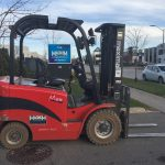 MAXIMAL 4-WHEEL ELECTRIC FB25 FORKLIFT - MAGNUM LIFT TRUCKS
